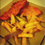 1 pollo, 6 platos. Hoy: filetes empanados y caldo